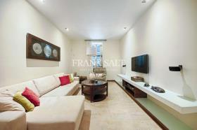 Image No.4-Maison de ville de 3 chambres à vendre à Sliema