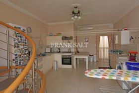 Image No.1-Duplex de 4 chambres à vendre à Paola