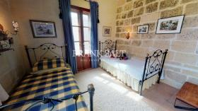 Image No.17-4 Bed Farmhouse for sale