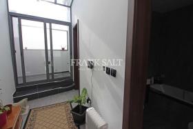 Image No.5-Maison de ville de 3 chambres à vendre à Birkirkara