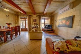 Image No.2-Ferme de 4 chambres à vendre à Xaghra