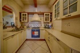 Image No.4-Ferme de 4 chambres à vendre à Xaghra