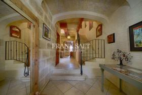 Image No.8-Ferme de 4 chambres à vendre à Xaghra