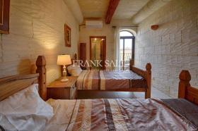 Image No.12-Ferme de 4 chambres à vendre à Xaghra