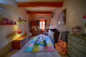 Image No.17-Ferme de 4 chambres à vendre à Xaghra