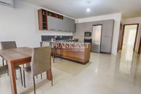 Image No.0-Appartement de 3 chambres à vendre à Mosta