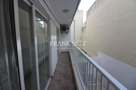 Image No.4-Appartement de 3 chambres à vendre à Mosta