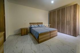 Image No.5-Appartement de 3 chambres à vendre à Ghajnsielem
