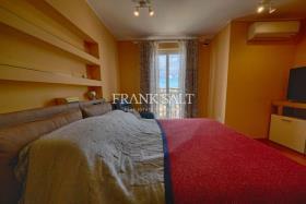 Image No.4-Appartement de 2 chambres à vendre à Marsaxlokk