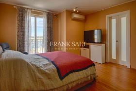 Image No.5-Appartement de 2 chambres à vendre à Marsaxlokk
