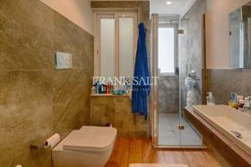 Image No.8-Appartement de 2 chambres à vendre à Marsaxlokk