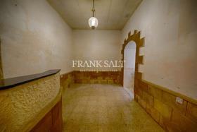 Image No.1-Maison de ville de 3 chambres à vendre à Zejtun