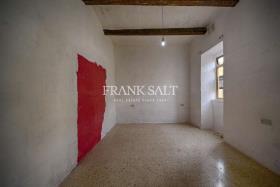 Image No.4-Maison de ville de 3 chambres à vendre à Zejtun