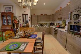 Image No.3-Appartement de 3 chambres à vendre à Qala