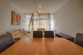 Image No.0-Appartement de 3 chambres à vendre à Marsalforn