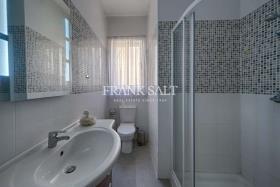 Image No.3-Appartement de 3 chambres à vendre à Marsalforn