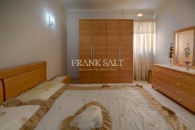 Image No.5-Appartement de 3 chambres à vendre à Marsalforn