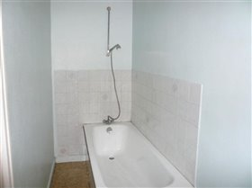 Image No.1-1 Bed House for sale