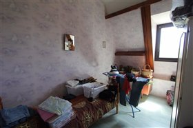 Image No.11-6 Bed House for sale