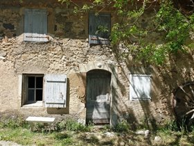 Image No.4-8 Bed House for sale