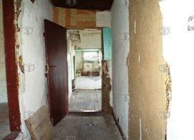Image No.1-Maison de 4 chambres à vendre à Balvan