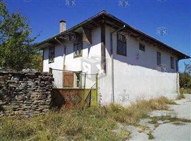 Image No.0-Maison de 4 chambres à vendre à Golemi Balgareni