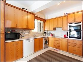 Image No.2-Villa de 3 chambres à vendre à Stroumpi
