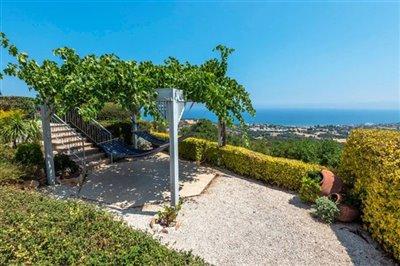 Detached Villa For Sale  in  Neo Chorio
