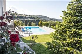 Image No.1-Villa de 3 chambres à vendre à Polis