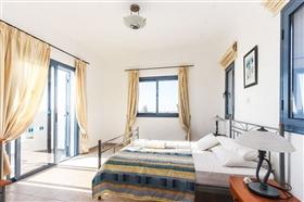 Image No.9-Villa de 4 chambres à vendre à Ayia Marina