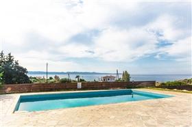 Image No.1-Villa de 4 chambres à vendre à Ayia Marina
