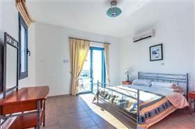 Image No.6-Villa de 4 chambres à vendre à Ayia Marina