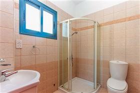 Image No.8-Villa de 4 chambres à vendre à Ayia Marina
