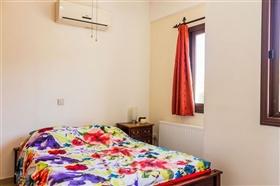 Image No.9-Villa de 5 chambres à vendre à Stroumpi
