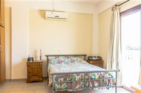 Image No.8-Villa de 5 chambres à vendre à Stroumpi