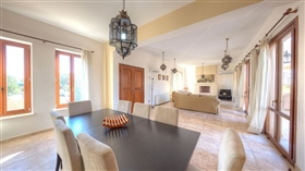 Image No.2-Villa de 4 chambres à vendre à Aphrodite Hills