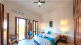 Image No.8-Villa de 4 chambres à vendre à Aphrodite Hills