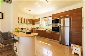 Image No.2-Bungalow de 3 chambres à vendre à Lachi