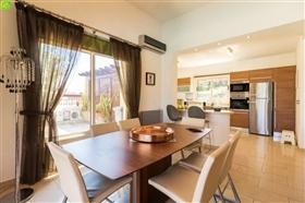 Image No.3-Bungalow de 3 chambres à vendre à Lachi