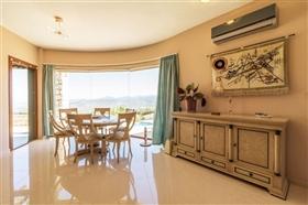 Image No.3-Villa de 4 chambres à vendre à Polis