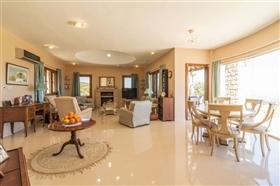 Image No.4-Villa de 4 chambres à vendre à Polis