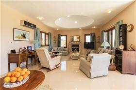 Image No.7-Villa de 4 chambres à vendre à Polis
