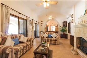 Image No.10-Bungalow de 4 chambres à vendre à Polis