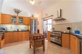 Image No.2-Bungalow de 4 chambres à vendre à Polis