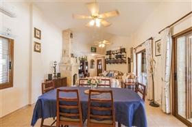 Image No.6-Bungalow de 4 chambres à vendre à Polis