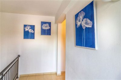 10001-town-house-for-sale-in-prodromifull