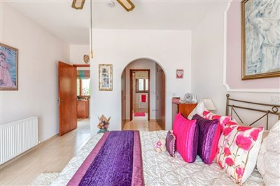 11163-bungalow-for-sale-in-kathikasfull