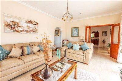 11178-bungalow-for-sale-in-kathikasfull