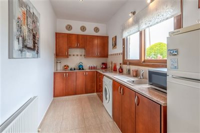 11187-bungalow-for-sale-in-kathikasfull