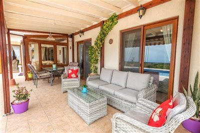11186-bungalow-for-sale-in-kathikasfull